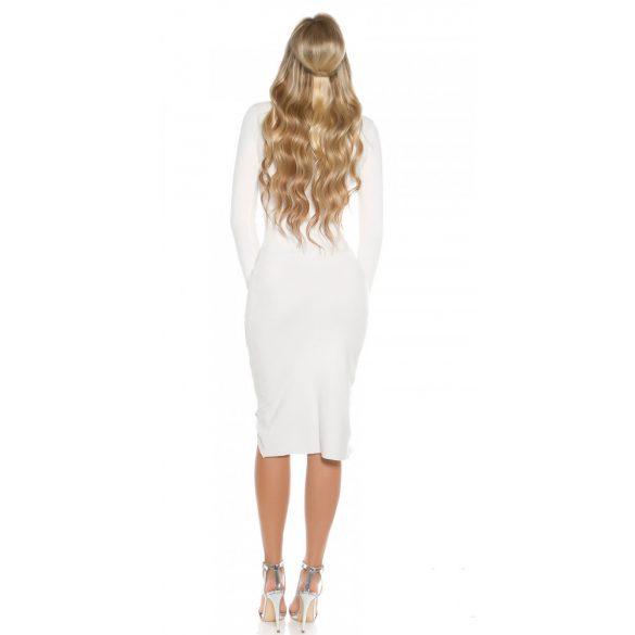 Fehér finomkötött ruha