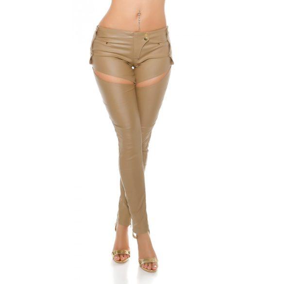 Trendi bézs bőr hatású nadrág