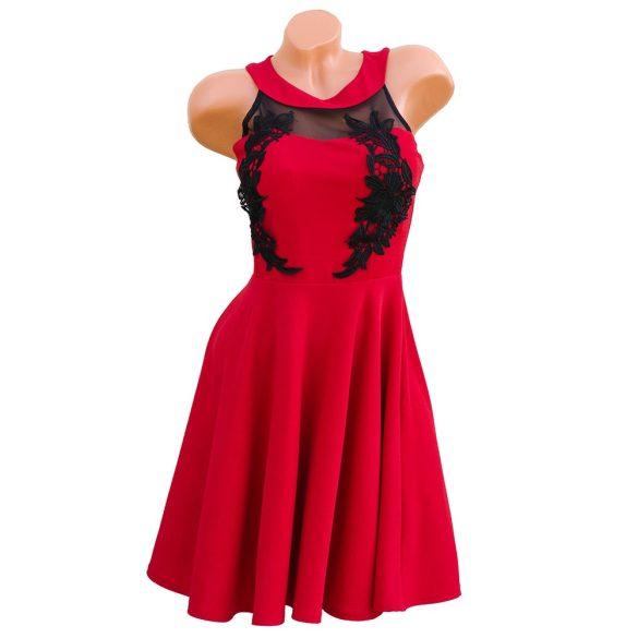 Csipke díszes loknis piros ruha
