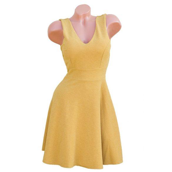 Dekoratív csillámos loknis ruha