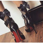 Masni díszes fekete necc zokni
